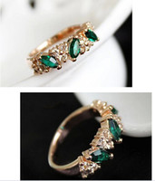 Band Rings emeralds - lovers rings Austrian crystal flash sweet retro feel emerald diamond ring finger jewelry female hearts JR14224