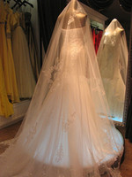 Wholesale Layer Long Appliques Edge Ivory White Bridal Lace Veils Wedding Accessories W20140058 Fashion New Arrival Popular Cheap