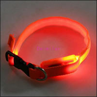 Wholesale Perfect colors Glow LED Cat Dog collars Pet Flashing Light Up Safety Collar do mix order Dog collars Strong and safe High quality