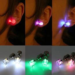 Wholesale Christmas Gift LED Stud Flash Earrings Hairpins Strobe LED Earring Lights Strobe LED Luminous Earring Party Magnets Fashion Earring Lights