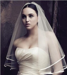 Wholesale 2014 New Wedding Accessories White Ivory Fashion Ribbon Edge Short Two Layer Bridal Veils With Comb High Quality W20140088
