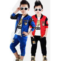Boy Spring / Autumn Long 3-Piece Set Children Boy Cartoon Training Suit Boy Tiger Printing Casual Sport Suit Boy Outfits Kids Clothing Sets 5 Set lot K13A75