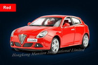 Roadster alfa red - 1 Alloy Diecast Car Model For ALFA ROMEO Giulietta Toy Collection Powerful Pull Back Car With Sound Light Red Yellow White Grey