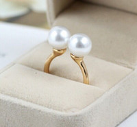 Wholesale 10PX gold Celebrity White Double Faux Pearl Ring Runway Choker Fashion Champagne Bubble