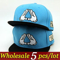 Wholesale New Fashion Men s Womens Snapbacks Hands Finger Embroidery Hat Hiphop Hats Skateboard Cap Baseball Caps Unisex