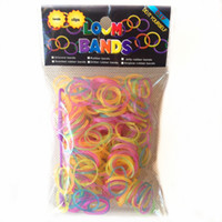 Wholesale New Glow in the dark pc rubber bands rainbow looms for kids DIY S clips hook bag