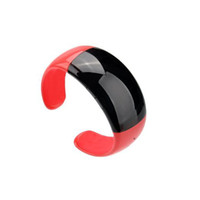 Wholesale OLED display Bluetooth Wireless watch bracelet Caller ID display vibrating alert when coming a call or mobile phone connected ZKT
