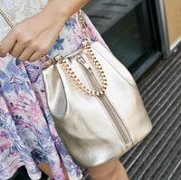 Wholesale new sales in Europe and America women messenger bags handbag Handle Bag casual bag Single shoulder bag M40249