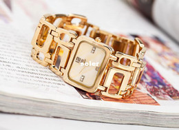 Wholesale The new top selling fashion watches ladies watches alloy buckle type personality pull chain marble table mirror gift