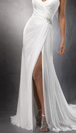 Wholesale 2014 Style Blanc D Ivoire Halter Robes De Mariage De Plage Côté Divisé En Perles Paillettes Strass Crystal De La Cour De Train Volants En Mousseline De Soie Robes De Mariée