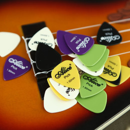 Wholesale Hot Sell Guitar and Bass Practice Plectrum Alice mm Smooth Nylon Guitar Picks Plectrums set I368