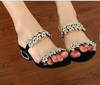 Wholesale new sheepskin shoes women summer flats single shoes sandals and crystal size to