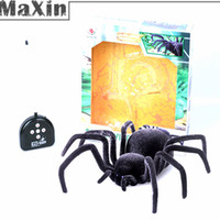 spider gag - NEW Remote Control toy quot CH RC Spider Black Widow Scary Toy Prank eye lighting Halloween Gags Practical Jokes Novelty