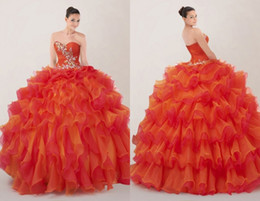 Wholesale Custom Fashion Corset Backl Organza Ball Gowns Sweetheart Crystal Beaded Ruffle Quinceanera Dresses Sweetheart Prom Dress Gowns