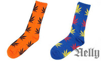 Wholesale new fashion plantlife cotton skateboarding socks Hip hop socks men s Maple Leaf socks colours women socks mens socks free size orange