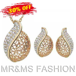 Wholesale Wholesales Best Gift Austrian Crystal K Gold Plated Chain Pendant Necklace Earrings Acacia Leaf Jewelry Set