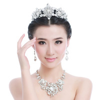 Wholesale 2015 Shiny Crystals Three Pieces Necklace Crown Bling Bling Earrings Peals Wedding Accessories