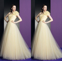 Wholesale Gorgeous One Shoulder Formal Quinceanera Dresses A Line Flowers Backless Sleeveless Floor Length Sweet Debutante Gowns Dress For Years