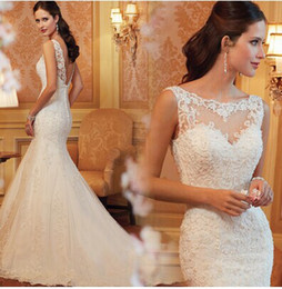 Wholesale New arrival hot sale fashion spike sweety Slim royal palace fishtail lace halter sexy little bride wedding dress