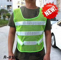 Wholesale Promotion Mesh Fabric Traffic Safety Vest New Arrival Fluorescence Traffic Warning reflective vest Wear in Night Styles for Choices