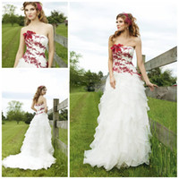 Wholesale Vintage Strapless A line Layered Organza Fabric Pleated Red and white Summer wedding dresses
