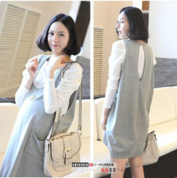 Wholesale Maternity Autumn fashion piece fitted long sleeved shirt Korean pregnant women skirt pregnant women dress D0120