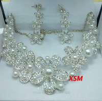 good quality jewelry - 2014 Sterling Sliver Flower Pearl Wedding Bridal Jewelry Set Cheap Good Quality Necklace And Earrings In Stock Hot Sale LN