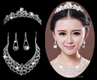 Cheap LM Queen Noble Wedding Bridal Necklace Rhinestone Clear Huge beading Stone Pendent Crystal Necklace Tiara Headband Hair Dress Accessories