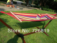 Wholesale OP COTTON POLYESTER GRAMS OF CANVAS HAMMOCK WITH WOOD STICK AND CLOSING BAG AND REMOVABLE PILLOW WITHOUT WOOD STAND