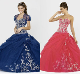 Wholesale New Princess Sweetheart White Lace Bodice Ruffles Ball Gown Lace up Tulle Colorful Royal Blue Quinceanera Dresses With Jacket DL1313154