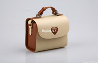 Wholesale Camera Leather Bag Heart Bag Beige Color Polaroid Camera Bag for Fujifilm Instax Mini s s Instant Camera