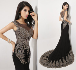 Wholesale Amazing New Sheer Neck Black Crystal Pageant Evening Dresses Appliques Beads Real Image Prom Party Gowns Arabic India In Stock SSJ