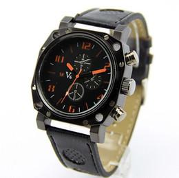 La montre-bracelet pour hommes en Ligne-Orange numéraux de Noble V6 Hommes Strips Hour Marks cadran rond bracelet en cuir Quartz Heures Montre analogique V0015