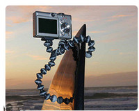 Wholesale New Octopus tripod Flexible Gripping Stand Mini Tripod tripods For Digital Camera DV Small size