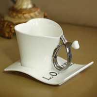 Wholesale Creative love heart shape ceramic mug white color lover cute coffee mug milk cup with saucer best gifts for lovers