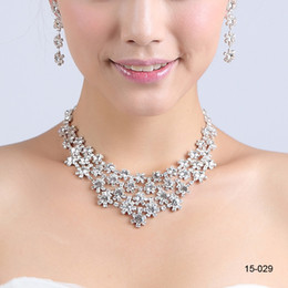 Wholesale 2014 Hot Cheap Wedding Party Rhinestone Crystal Necklace Bracelet Earring Set Bridal Jewelry