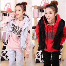 Wholesale Promotion Fashion Winter Thickening Fleeces Sports Suits casual Women s Girl Hoodies Pants Vests Three Piece Suit Tracksuits ecc454