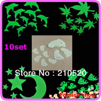 Cheap 10sets lot Glow In Dark Wall Stick Bedroom Ceiling Fluorescent Stars Moons Festival Decals Home Decorate Stickers