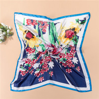 Wholesale 90 cm women hot sale printed Artificial Silk square scarf