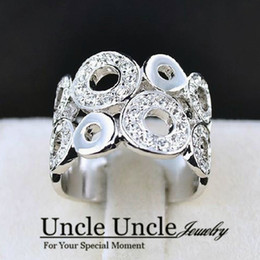 Wholesale Beautiful K White Gold Plated Austrian Rhinestone Circle Design Trendy Wide Styling Finger Ring