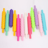 Cheap New arrival 1pcs 12 styles Rolling pin Cake Decoration Print press mold Useful Baking Tools Kitchen Tool ay871005