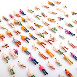 Wholesale Mini Painted Model People HO Scale Mix Painted Model Train Park Street Passenger Little People Figures T176