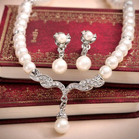 ring wedding - Cheap Bridal Necklace and Earring Pearls Rhinestones Crystals Tow Pieces Accessories Bridal Jewelry for Wedding Evening Formal Prom Dresses