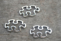 antique puzzle - 20pcs Puzzle Piece Charms Antique Tibetan Silver Tone JigSaw Puzzle Pendants Charms Jewelry Making x17mm