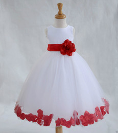 Wholesale Lovely Petals Princess Flower Girl s Dresses With Flower Bow Simple A Line Organza Beautiful Girl Dress for Wedding Party Gowns Custom Made