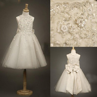 lace bow - Ivory flower girls dresses with Jewel Neck beaded Appliques Lace Crystal Glitz A line Girl s Pageant Bow knot Princess Gowns CPS024