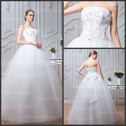 Wholesale Vintage Lace Wedding Dresses with Strapless Sheer Lace Crystals Beaded Sequins Lace up Back Floor Length Ball Gown Wedding Dresses BZP0382