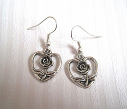 Wholesale Earring Antique silver LOVE HEART ROSE FLOWER Earrings NEW silver Fishhook Ear Wire ab16