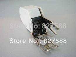 Intérieure des Pièces de Machine à Coudre Pied-de-Biche P60444 (11815 / 10449) / 5mm pied Tige Basse Sans Quilting FB38 presser foot for sale à partir de pied presseur fournisseurs
