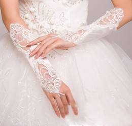 Wholesale 2014 New Ivory White For Bride Bridesmaid Wedding Party Fingerless Pearl Lace Satin Bridal Gloves AW001